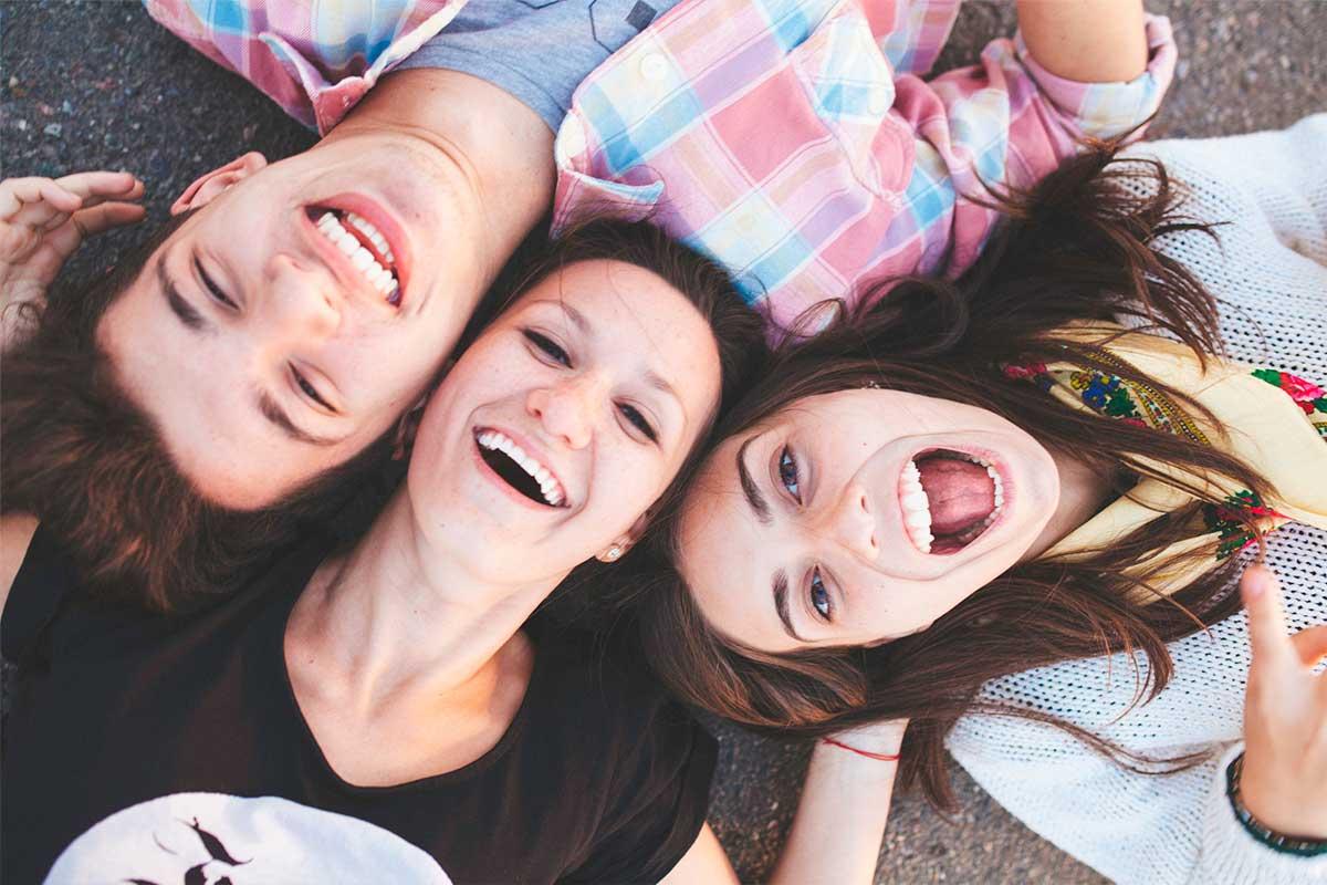 Invisalign Teen: Ortodoncia invisible para adolescentes en Bilbao